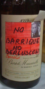 Bartolo Mascarello label: No Barrique No Berlusconi